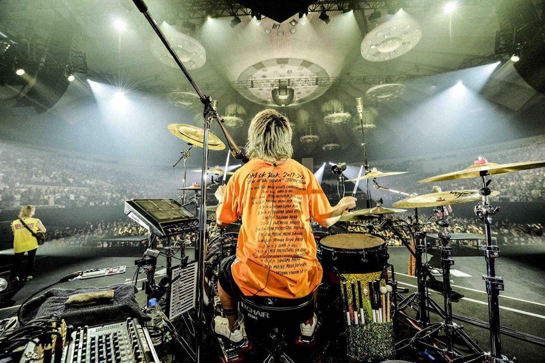 """ワンオク セトリ 北海道 真駒内セキスイハイムアイスアリーナ 2日目「ONE OK ROCK 2019-2020""""Eye of the Storm""""JAPAN TOUR」"""